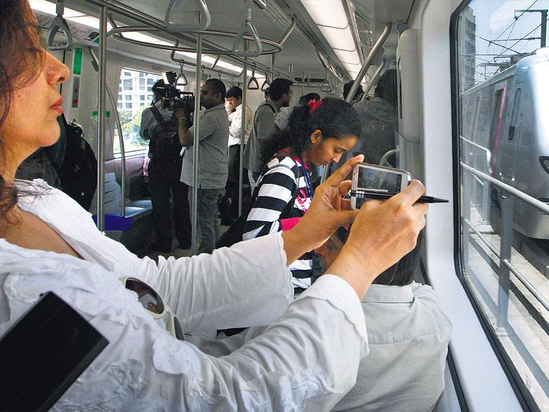 The Mumbai metro has become the preferred mode of transport for travel between the eastern and western suburbs. (HT photo)