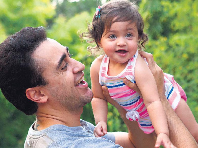 Imran plays with daughter Imara. (Photo: Cyrus Dalal)