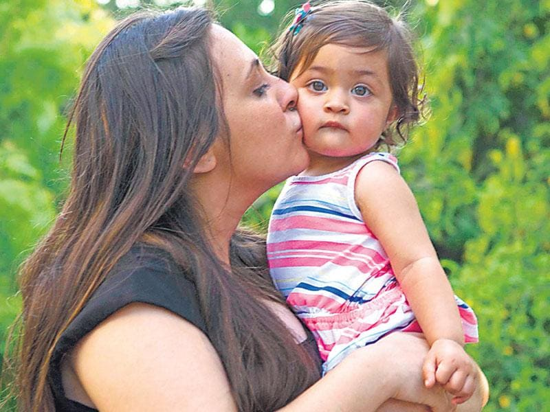 Avantika plays with her daughter Imara. (Photo: Cyrus Dalal)