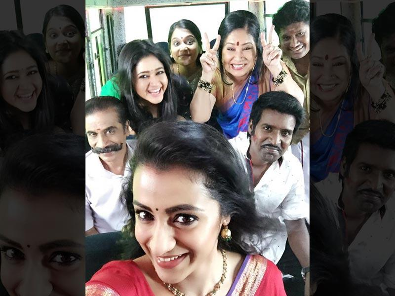 Trisha Krishnan updates Twitter with this pic; captions it: With love from Team Aranmanai2. (trishtrashers/twitter)