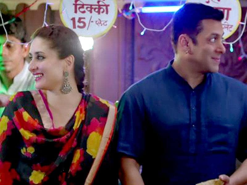Salman Khan and Kareena Kapoor in the song Tu Chahiye from Bajrangi Bhaijaan.