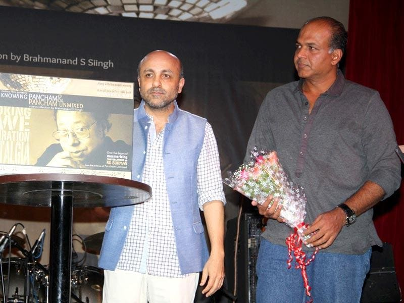 Filmmakers Brahmanand S Siingh and Ashutosh Gowariker during the DVD launch of film titled Knowing Pancham in Mumbai.(Photo: IANS)