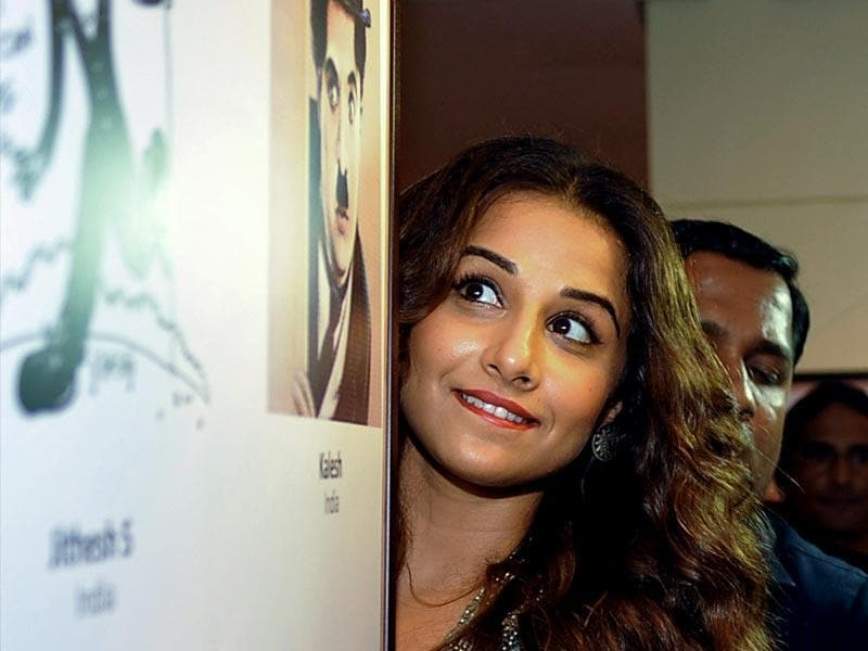 Are you playing some game Vidya? Vidya Balan at the exhibition