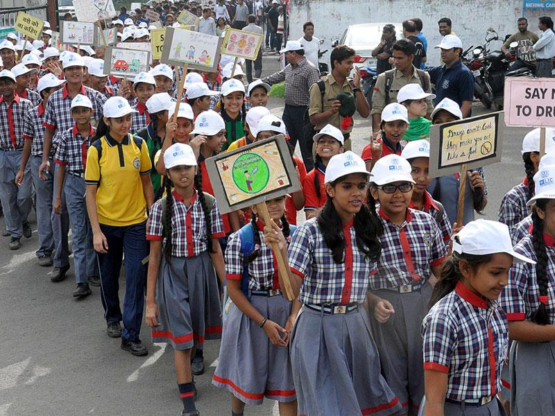 Schoolchildren take out a rally to mark the International Day Against Drug Abuse and Illicit Trafficking, in Indore on Friday. (Shankar Mourya/HT)