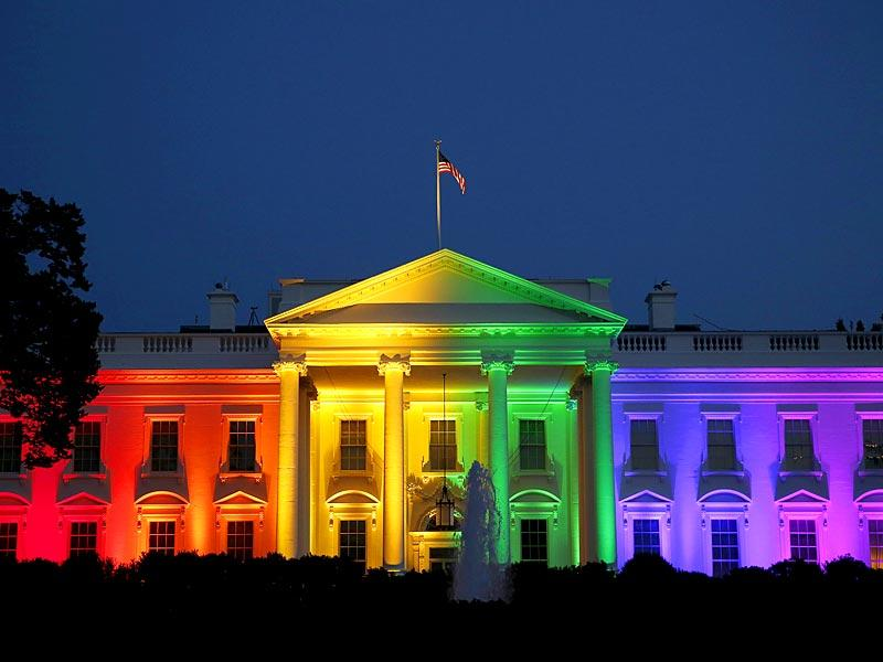 The White House is illuminated in rainbow colours after US Supreme Court's historic ruling legalising gay marriage. (Reuters)