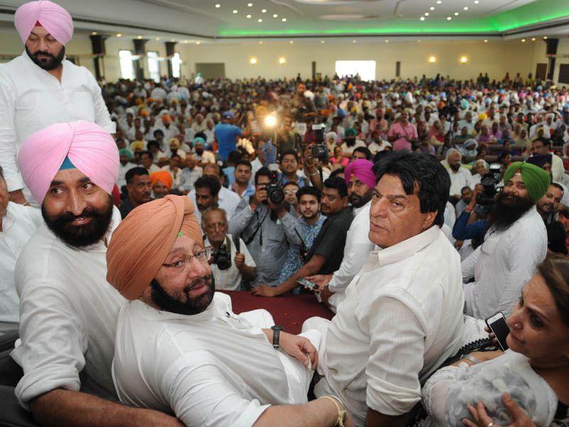 During the rally, Capt avoided any direct attack on PPCC chief Partap Singh Bajwa, but he openly hit out at the latter during the subsequent interaction with the media. Pardeep Pandit/HT
