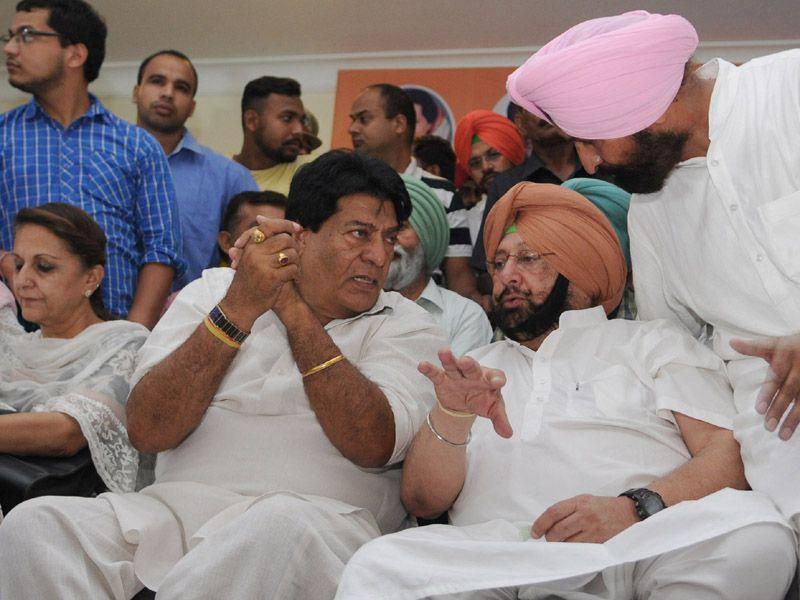 The former CM also claimed to have the support of All India Congress Committee in-charge for Punjab affairs Shakeel Ahmed for his series of rallies. Pardeep Pandit/HT