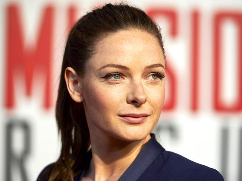Newcomer Swedish actor Rebecca Ferguson announces her arrival at the UK premiere of Mission Impossible: Rogue Nation. (AFP Photo)