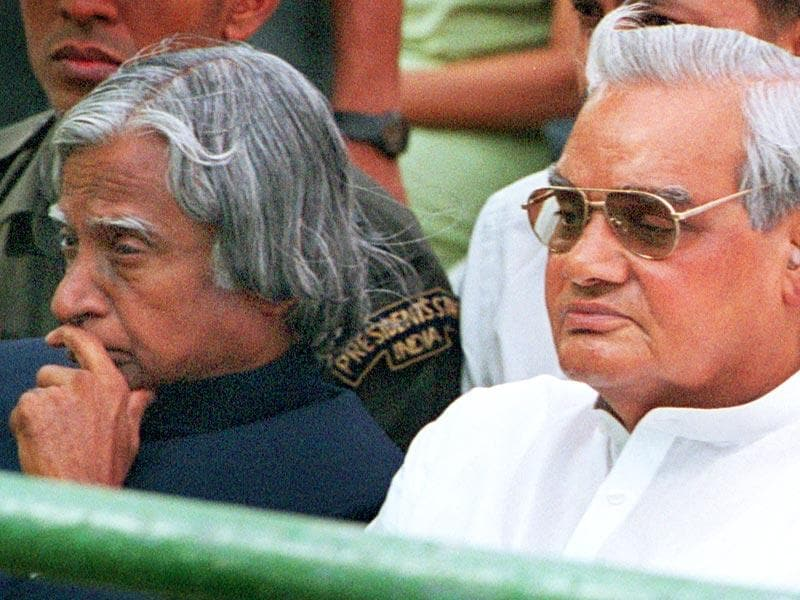 Kalam with then Prime Minister Atal Behari Vajpayee during the funeral ceremony of vice President Krishan Kant Sharma in New Delhi, on July 28, 2002. (Virendra Singh/HT file photo)