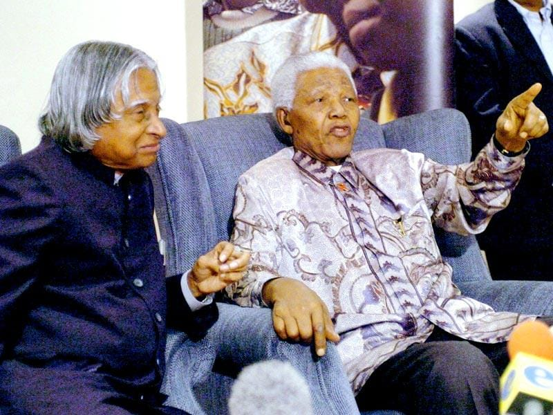 Kalam with former South African president Nelson Mandela in Johannesburg, South Africa in September 2004. (PTI file photo)
