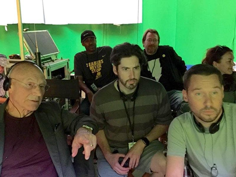 Sir Patrick Stewart seen here chilling with director Bryan Singer and Jason Reitman. (Instagram)