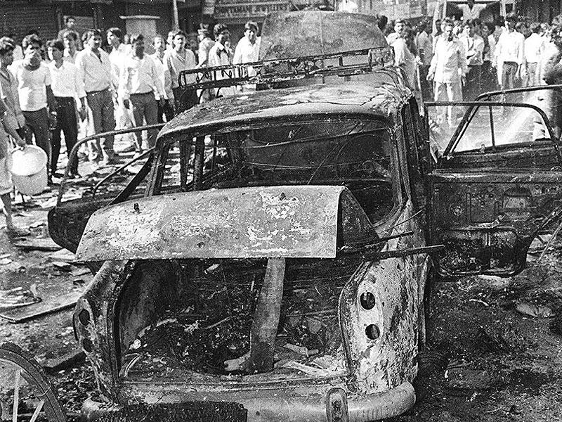 Twelve coordinated blasts in several locations rocked Mumbai on March 12, 1993, leaving 257 people dead and over 700 injured. (HT Photo)