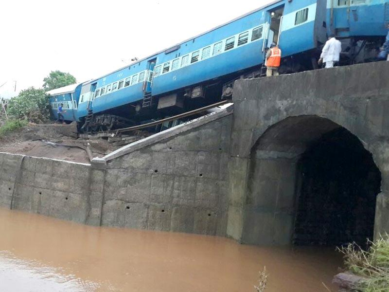 The exact reason behind the derailments is not yet known. Railway officials said heavy rains in the past few days might have damaged railway tracks. (HT Photo)