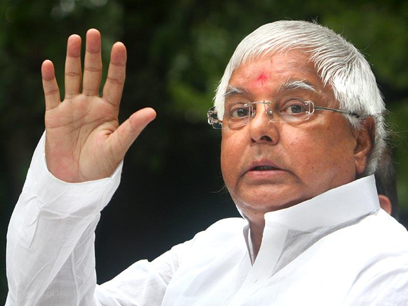 On March 10, 1990, Lalu Prasad became the CM of Bihar and continued on the post till 1997 before being charge-sheeted in the fodder scam. Lalu's RJD is in alliance with JD-U to contest the state elections. (HT Photo/Arvind Yadav)