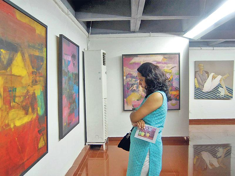 A group painting exhibition is underway at Rangdarshini Art gallery of Bharat Bhawan in Bhopal. The exhibition will be on till July 12. (Bidesh Manna/HT)