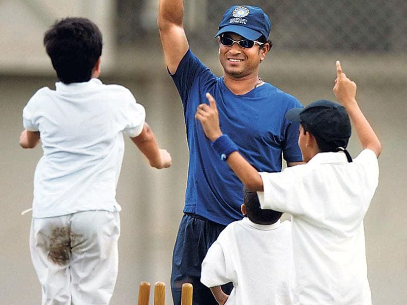 Sachin Tendulkar's son Arjun (left) and his teammates appeal successfully during a match at MIG Club, Bandra, in 2007. The photo won the Sports Journalists' Federation of India Award in the 'Cricket Action Off The Field' category. (Kunal Patil/HT photo)
