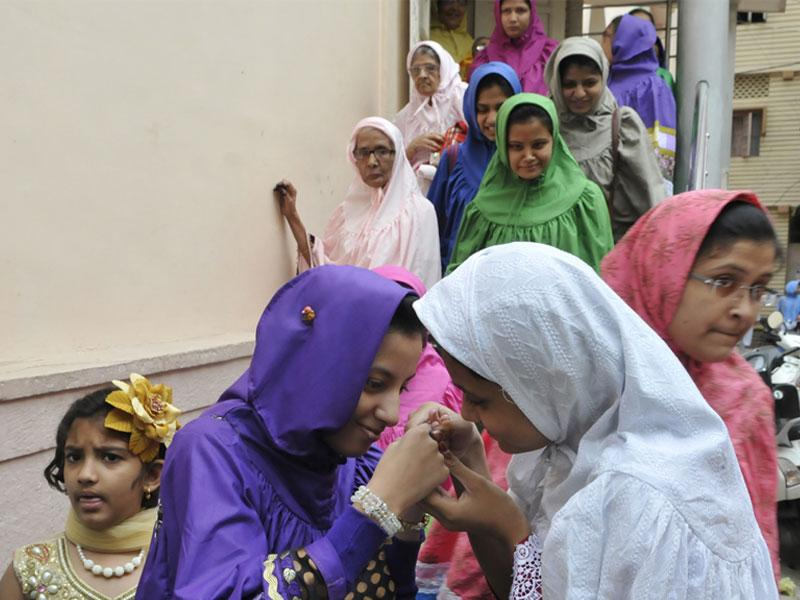 Members of Bohra community celebrated Eid in Bhopal on Friday. Two girls of the community greet each other on the occasion. (Praveen Bajpai/HT photo)