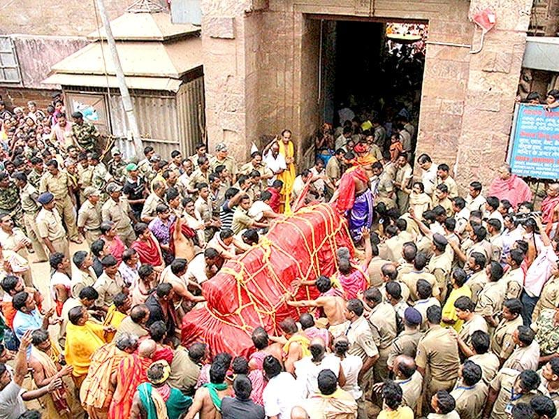 Nabakalebara is the most important festival in Odisha's festival calendar and takes place once every 12 or 19 years in the temple town of Puri for renewing the wooden idols of Lord Jagannath, Lord Balabhadra and Devi Subhadra. (Arabinda Mahapatra/ HT Photo)