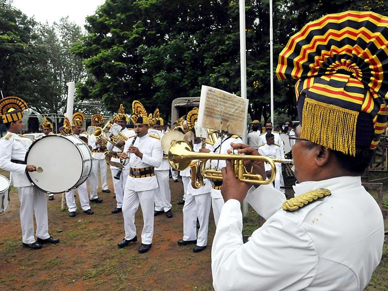 The band rehearsing during the preparations for Independence Day at Motilal Nehru stadium in Bhopal on Thursday. (HT Photo/Praveen Bajpai)