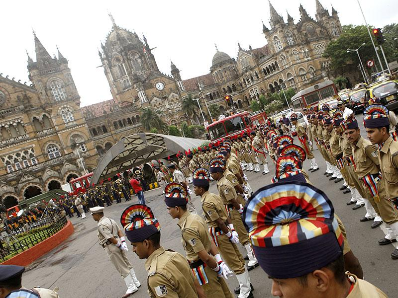 Brihanmumbai Municipal Security Force (BMSF) during the Independence Day celebrations at the BMC headquarters in Mumbai. (Arijit Sen/HT photo)