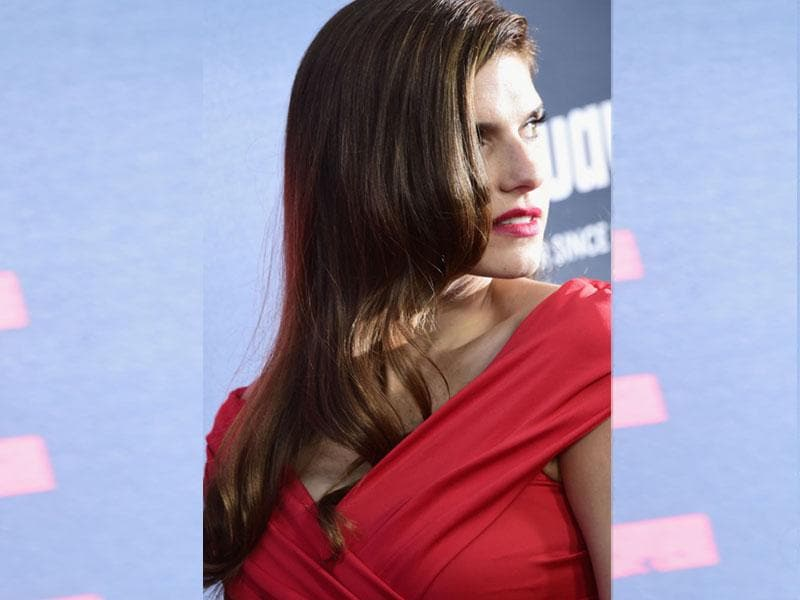 Lake Bell arrives at the premiere of No Escape at Regal Cinemas in Los Angeles, California. (Getty Images/AFP/Frazer Harrison)