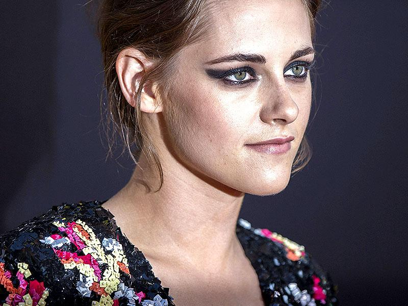 Kristen Stewart poses at the premiere of American Ultra. (Reuters)