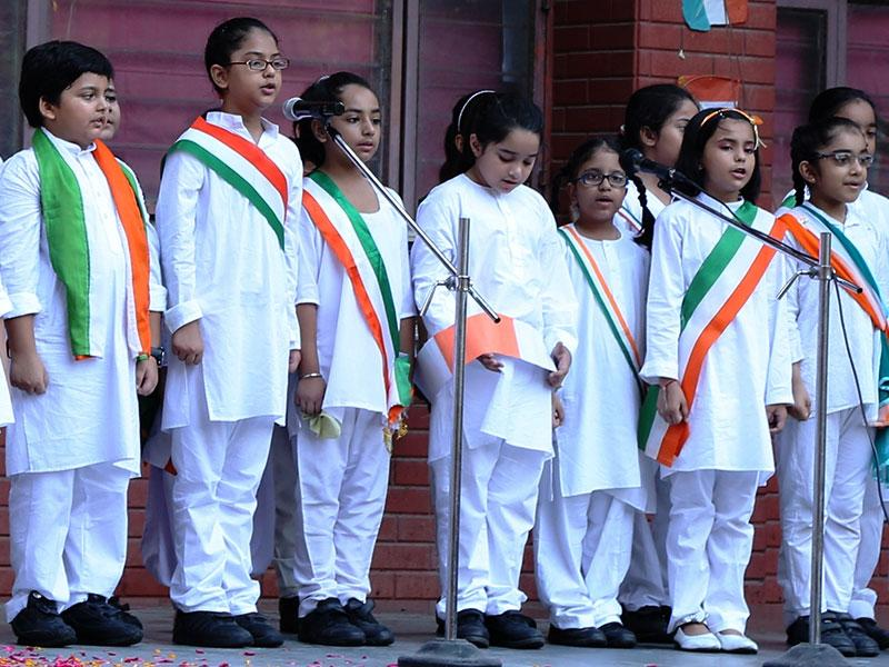 Presidium Ashok Vihar paid homage to known and unknown heroes of freedom struggle on the 69th Year of independence from British. The assembly was concluded with the school song