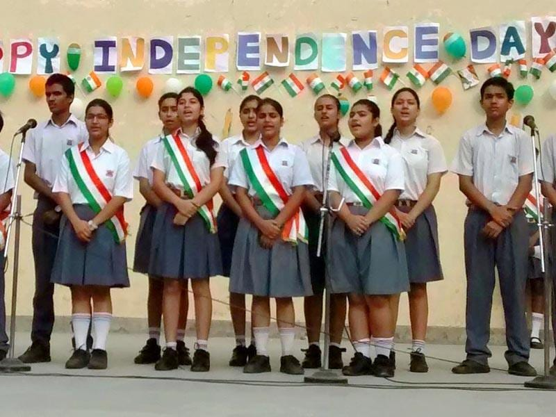 Army Public School, Dhaula Kuan, celebrated the flavour of Independence with a special prayer, followed by a play, scripted and directed by Dramatics Society- Catharsis. The play reflected a scene of the partition of India and Pakistan, seen through the eyes of some lunatics who have been isolated due to religious differences.