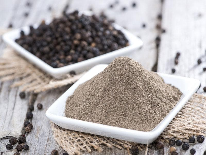 Black Pepper: It contains the alkaloid piperine, which helps speed up metabolism. Try it instead of salt, where possible: You'll reduce your sodium intake too.