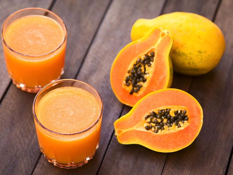 Papaya: It contains an enzyme called papain that improves protein digestion and absorption, which is key to boosting metabolism and burning fat.