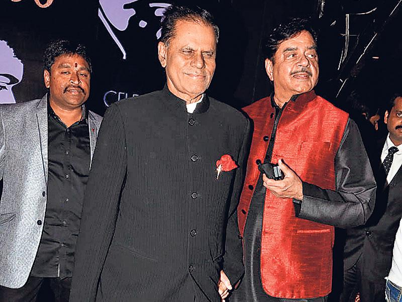 Shatrughan Sinha, too, attended Chiranjeevi's birthday bash. (Photo: Viral Bhayani)