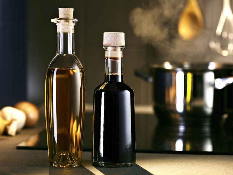 Vinegar: Cooking with vinegar can slow the passage of food through your stomach, keeping you fuller for longer.