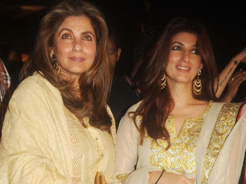 Dimple Kapadia (L) with her daughter, actor-turned-author Twinkle Khanna pose for a photograph during LFW Winter/Festive 2015.