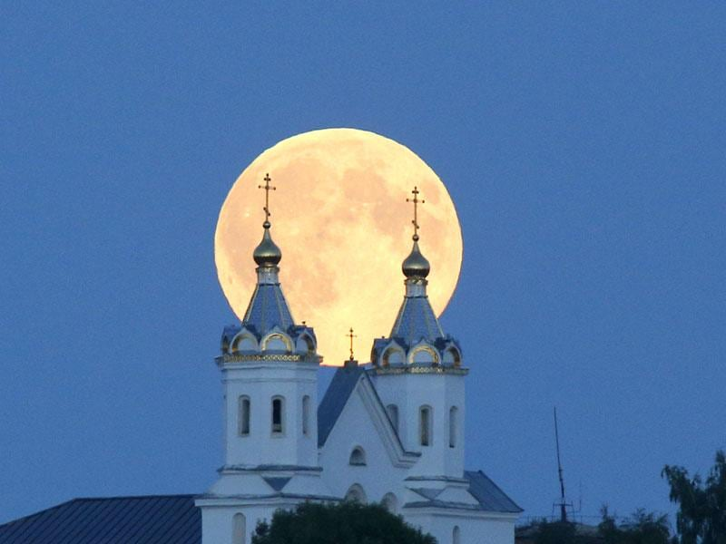 The supermoon happens when moon is full and makes it closest approach to Earth in her orbit. (AP Photo)