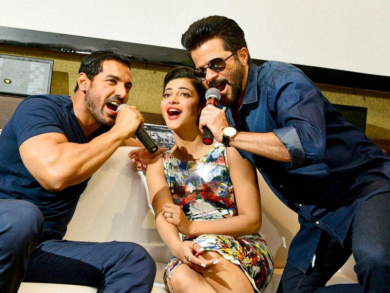 Anil Kapoor, John Abraham and Shruti Haasan during promotion of their upcoming movie Welcome Back in Ahmedabad. (PTI Photo)
