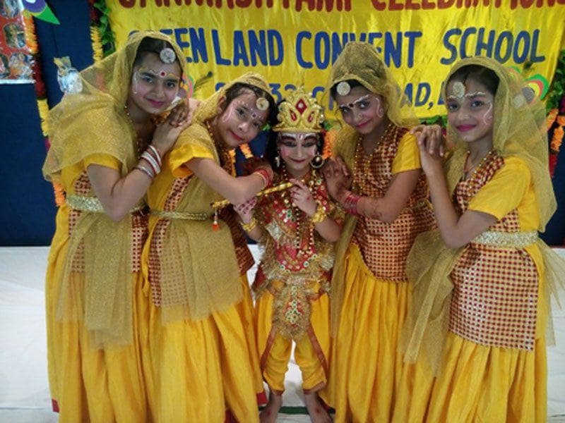 Students of Green Land school, Jalandhar performing dance item during a function on Janamshtami celebaration in school premises in Ludhiana on Thursday. (HT photo)