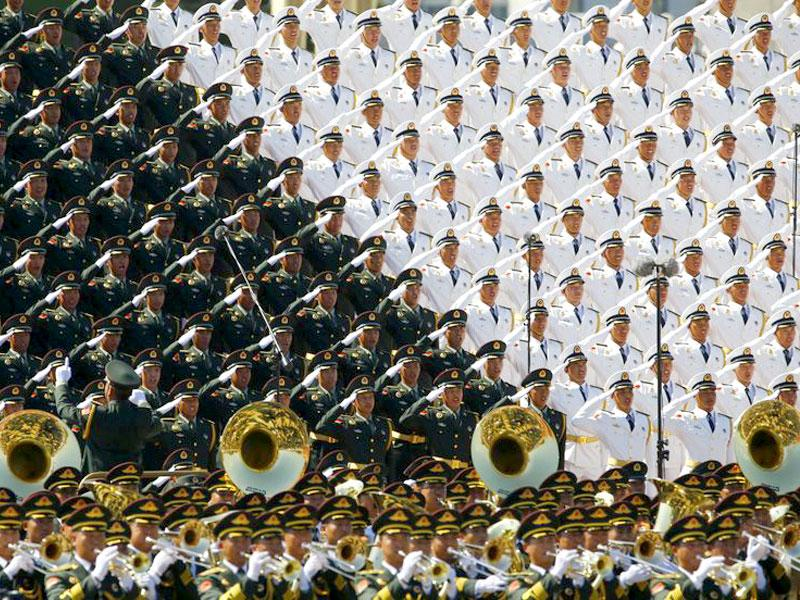 A 2,400-member military band and chorus performed classic songs well known in the war, including the song