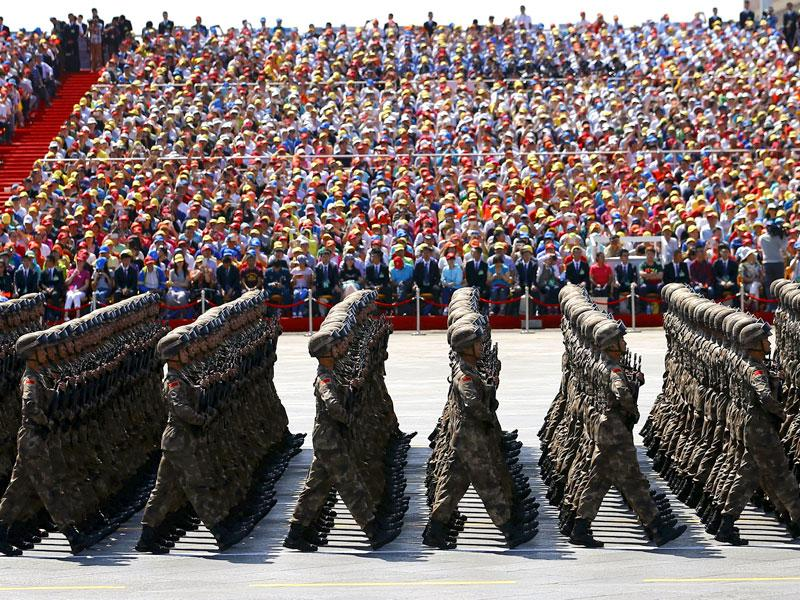 Soldiers of China's People's Liberation Army (PLA) march during the military parade to mark the 70th anniversary of the end of World War II in Beijing, China. (Reuters Photo)