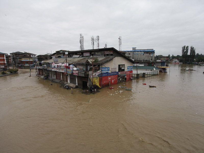 File photo of a flooded area near Hari Singh High Street in Srinagar during the September 2014 floods. (Abid Bhat/HT)
