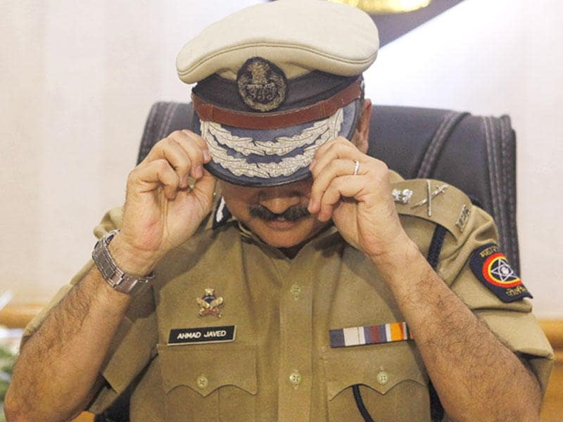 Ahmed Javed, Mumbai's newly-appointed commissioner of police, takes charge in Mumbai. (Arijit Sen/HT photo)