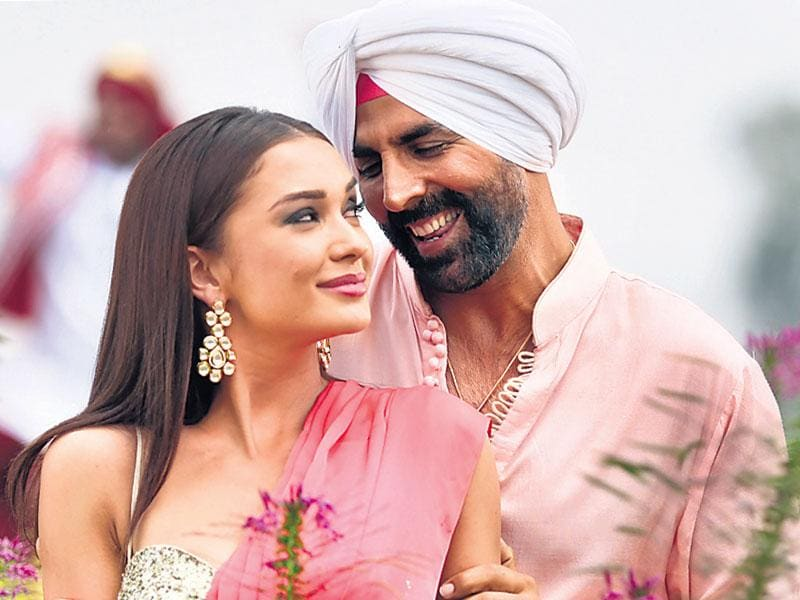 Akshay Kumar in a still from Singh Is Bliing.