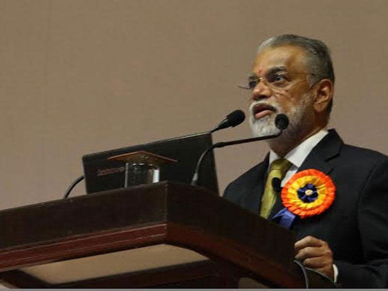Former ISRO chief K Radhakrishnan addresses engineering students in Indore on Thursday at IEEE international conference. (HT photo)