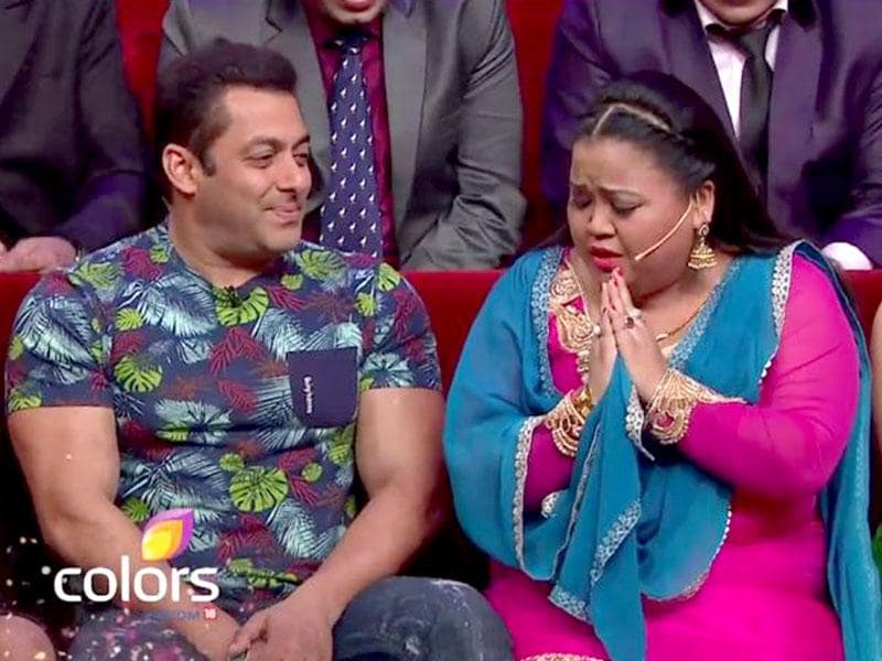 Bharti Singh greets superstar Salman Khan on the sets of Comedy Nights Bachao.