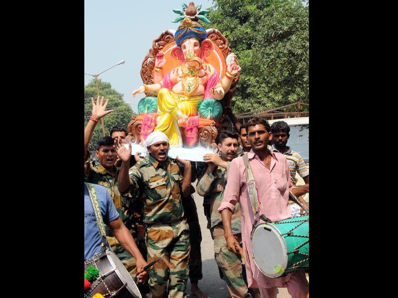 The festival usually lasts for 10 days. People keep lord Ganesha in their homes. HT/Photo