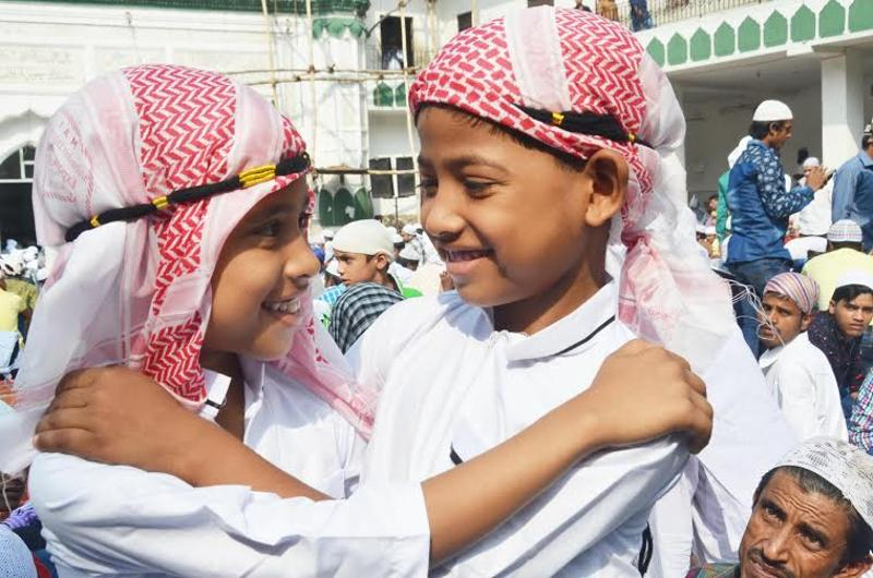 Young kids wishing each other as they celebrate Eid-ul-Adha at  Jama Masjid Khairuddin Mosque in Amritsar on Friday.  (Sameer Sehgal)