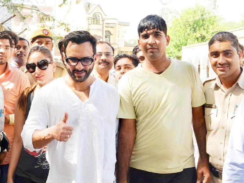 Actors Saif Ali Khan and Kareena Kapoor Khan went on the street of Pataudi and met locals on Thursday. (PTI)