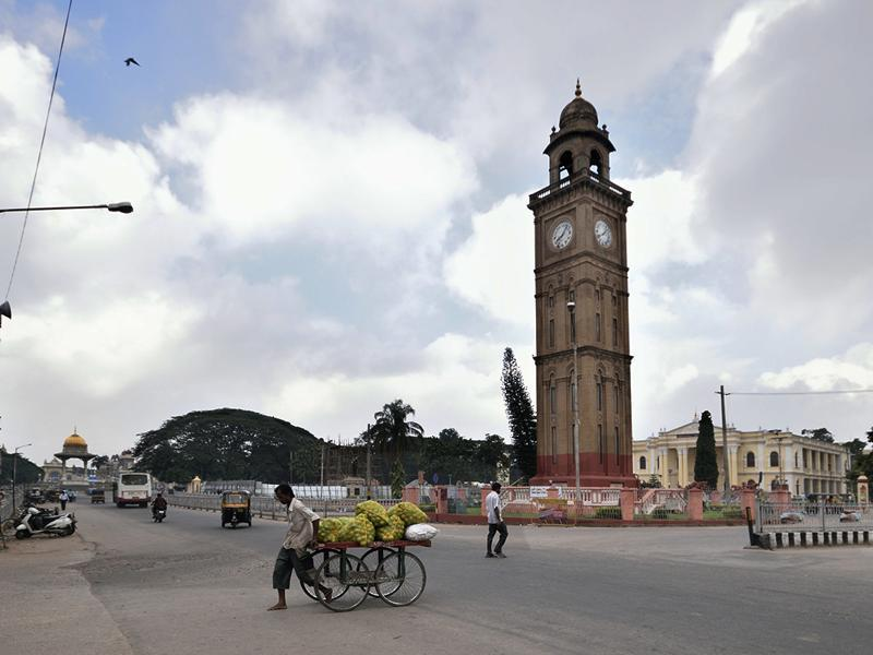 A photograph of the Clock Tower, with Town Hall in the background. (Pavan Kumar KJ/HT Photo)