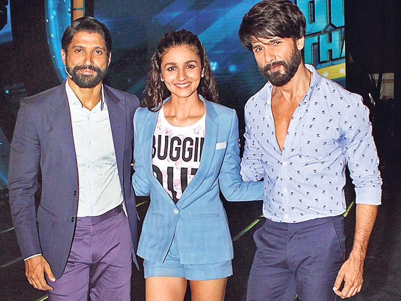 Farhan, Alia and Shahid at an event in Mumbai. (Yogen Shah/HT)