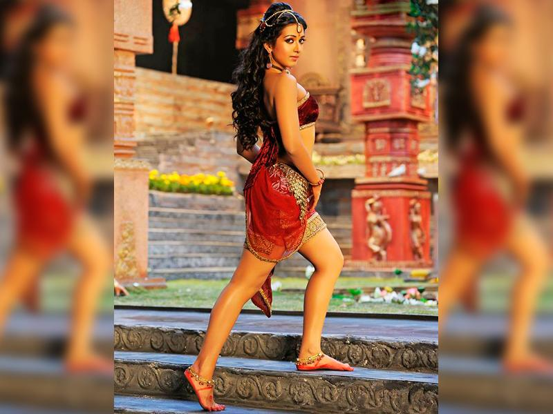 The film also features southern star Catherine Tresa who will appear onscreen as Annambika, one of Rudhramadevi's associates. (Rudhramadevi3D/Facebook)