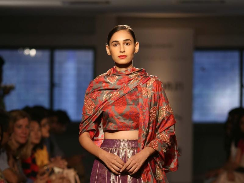 Crop and rock: Indo-western touch by  fashion designer Sanjay Garg during the Amazon India Fashion Week 2015.  (IANS)
